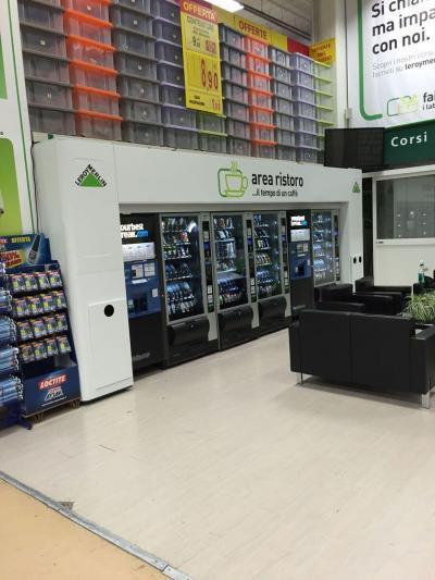 leroy genova - area break ivs italia - your best break - ivs caffè - ivs group - ivs distributore snack - ivs macchinette automatiche - distributori automatici caffé - bevande